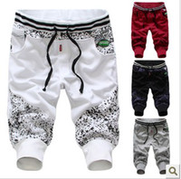 Wholesale fashionable ink printing decorated men s capri shorts Middle pants