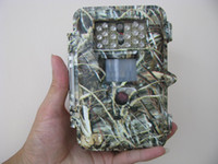 Wholesale 1 quot LED DVR IR Infrared hunting Camera Scouting Trail Digital Camera with SD or SDHC Memory Card