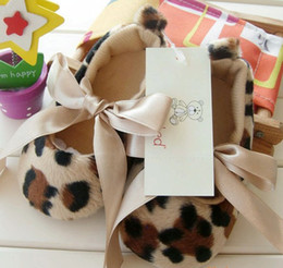 Hot ten thousand pairs of leopard princess toddler shoes European style baby shoes