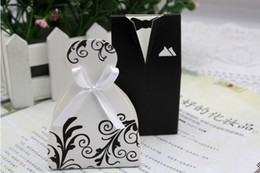 Wedding favor boxes gift paper bags candy boxes Bridal Gown Dress Groom's Tuxedo 200pcs lot