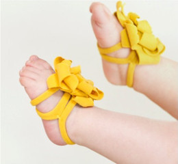 Wholesale Best selling top baby Foot flower Baby Sandals Barefoot Sandals Toddler Shoes pair