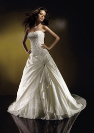Wholesale 2013 Hot Sale Elegant Strapless Bridal Gowns A line Wedding Gowns Taffeta In Stock Wedding Dresses