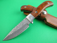 Wholesale Excellent Damascus hunting knife Fixed blade outdoor camping HRC collection knife best gift