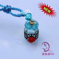 Wholesale Perfume Bottle Pendant Scent bottle jewelry pendant fragrance vial Murano Glass Car Aroma Fresheners