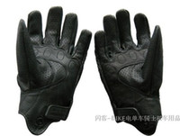 Wholesale Black Hot sell invisible motorcycle gloves punching kid gloves super breathable