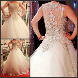 New Sexy Luxury Sweetheart Wedding Dresses Appliques Crystals Beaded Lace Hollow Beading Royal Cathedral Bridal Wedding Gowns