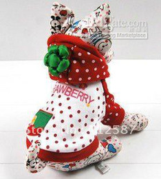 Wholesale HOT SELL fashion design Sweet strawberry pie hoody sweater pet dog clothes shirts jacket dresses