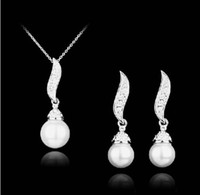 Wholesale Silver Plated Clear Rhinestone Crystal Drop Pearl Bridal Necklace and Earrings Jewelry set