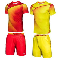 Wholesale freee shipping2012 NEW Li Ning men s Badminton Sports clothing Set T shirt shorts RM09