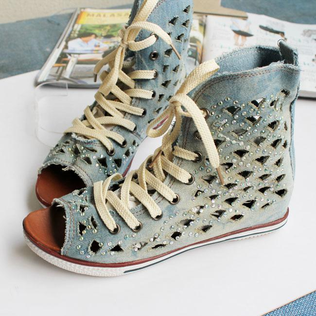 2013 spring casual color stitching rhinestone shoes fish for Fish head shoes