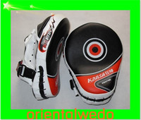 art mma - Curved Desgin Boxing Martial Arts MMA Focus Mitts Punch Pad PAIRS hook loop wrist strap