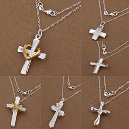 Croix d'argent en Ligne-20pcs de bijoux de mode Argent 925 nombreux styles différents Pendentifs Croix Charms O Chaînes Collier bijoux 18inch