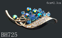 Wholesale hot selling Gold plating Oil painting Zinc alloy rhinestone girl flowers Pins Brooches mixed color BH725