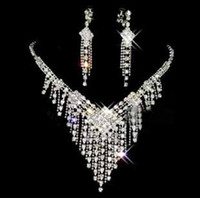 Wholesale Fashion women jewelry Wedding Jewelry Set Crystal Necklaces Earrings Tiar Crown Bridal Jewelry Accessories piece suits t5098