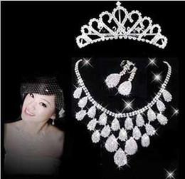 Joyería europea barato caliente 3 PCS nupcial cristales deslumbrantes collar Tiare Pendiente accesorios de la boda de diamante de imitación brillante t5099 del envío libre