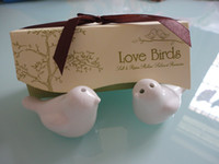 Wholesale SETS SET OF Newest wedding favor love bird salt pepper shaker