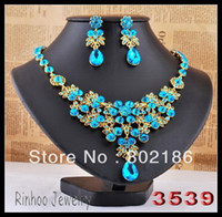 Wholesale Blue rhinestone jewelry set gold plated alloy necklace earring set
