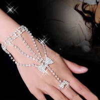 fashion heart wedding jewelry - Best sale jewelry shiny rhinestone crystal hand chain and ring wedding bridal accessories butterfly five pointed star heart type t5108