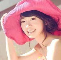 Wholesale New coming women s wide large floppy brim Summer beach sun hat packable flexible straw beach cap colorful t5135