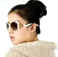 PC Fashion Oval The genuine big box female sunglasses 6233 car anti-glare drivers mirror