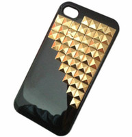 Plastic For Apple iPhone Yes 100pcs Studded Pyramid Stud Studs Rivet Hard Back Handmade Case Cover For iphone 4 4S 5 5G