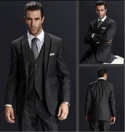 Center Vent Charcoal Grey One Buttons Groom Tuxedos Best Man Notch Lapel Groomsmen Men Wedding Suits Bridegroom (Jacket+Pants+Tie+Vest) H658