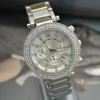 Wholesale Fashion Designer Women Diamond Watches Lady Unisex Quartz Sport Jelly Stainless Steel Michael Date Girl Boy Men Mens Womens Watch Student