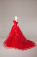 Wholesale Strapless Flower Ruffle Dropped Waist Fluffy Court Cheap Sexy Beach Wedding Dresses Bridal Gown red white