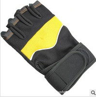 Wholesale Wristbands type protective gloves for fitness