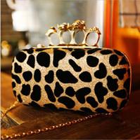 Compra De embrague del anillo de leopardo-Leopardo cráneo anillo paquete Messenger noche bolsa bolso de embrague en mano. Envío gratis