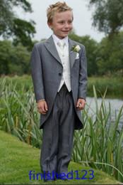 Wholesale Custom Made Gray Boy Formal Wear Tuxedos Peak Lapel Children Suit Kid Wedding Prom Suits Jacket Pants Vest Tie BM