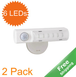 Wholesale LED motion light x AA battery powered Wall mounted bright leds pack