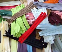 Wholesale 3 nylon zipper cm closed end zipper colors easy for clothes