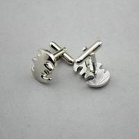 Unisex batman designer - Batman silver with no black inside cufflinks brass cufflinks for for Men Women High Quality Designer retail dropshipping