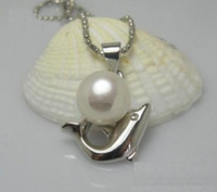 Wholesale natural south sea Dolphin Shape white pearl pendant necklace