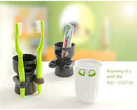 Wholesale Factory price Toothbrush holder Cups set Suitable for family use PS PP mat