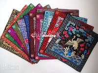 Wholesale Personalized Placemats Christmas Chinese Satin Square Embroidery Crane Patterns pack mix Free