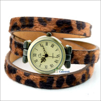 Wholesale Cheap Watch High Quality Fashion Watch Pointer Display Leopard Band Latest W0570