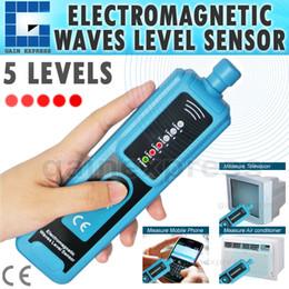 Wholesale E04 Handheld Electromagnetic EMF Waves Level Sensor mA mA Level milliGauss Radio Microwave Electonic Oven Cooker Signaling Tower