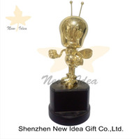 Wholesale customized metal trophy design cup awards with perpetual gold plating for new design
