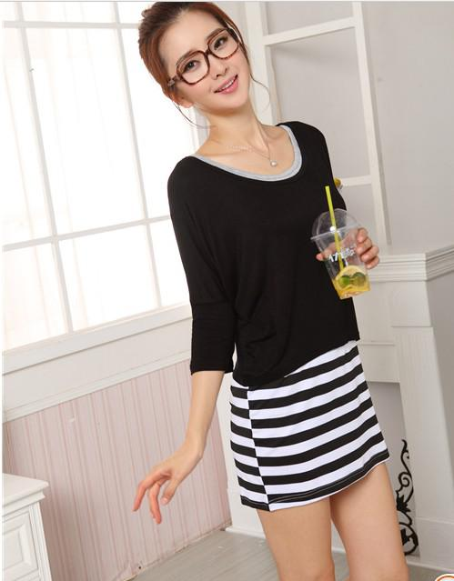 The new women's clothing, render skirt, short sleeve T-shirt two-piece