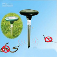Wholesale 12 Snakes Moles Voles Solar Pulsing Vibration Wave Repeller for Grassland Park