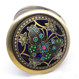Wholesale Dia mm Russia Style Vintage Cosmetic Mirror Pocket Round Compact Mirror Rhinestone Flower Two side Make Up Mirror Lady Favors