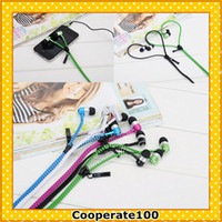 Wholesale 2013 New arrival colorful Novel mm Stereo Zipper Earphones with Microphone color for choice in ear Headsets Built in Call Key