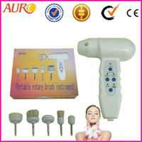 Wholesale Promotion Cheap portable rotary facial cleaning brush hand held beauty machine with one year warranty Au