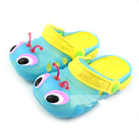 Wholesale Candy jelly shoes color caterpillar shoes summer children slippers children set foot garden shoes yards
