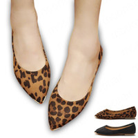 Wholesale Hot selling women s spring shoes leopard print Metal pointed toe flat heel shoes Casual flat Black XZ327