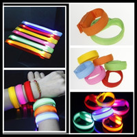 Wholesale High Quality LED Bracelet Special safety but Fashionable for outdoor Sports luminous Nylon Light up Flashing Wrist strap hot Selling Gadgets