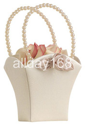Wholesale Beatiful Satin cute flower baskets champagne square Flower Girl Baskets for Wedding supplies for