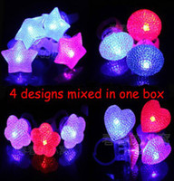 Wholesale Free Ship Adjustable Led Crystal Round Heart Flowers Stars Ring Light Up Flashing Glow Flash Ring Party Disco Finger Lights Nice Box